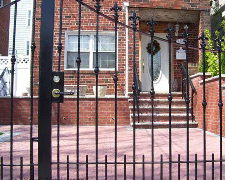 KATONA HAVE GATES 4