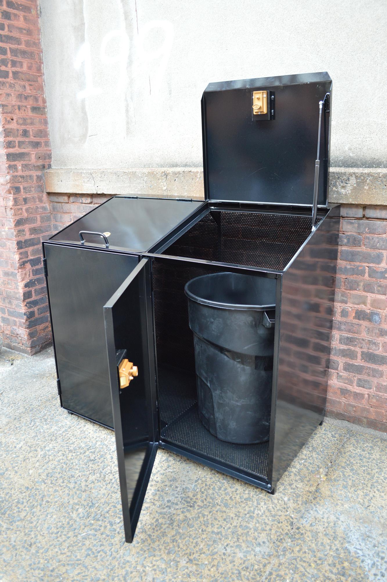 AStandard_trash_enclosure_4