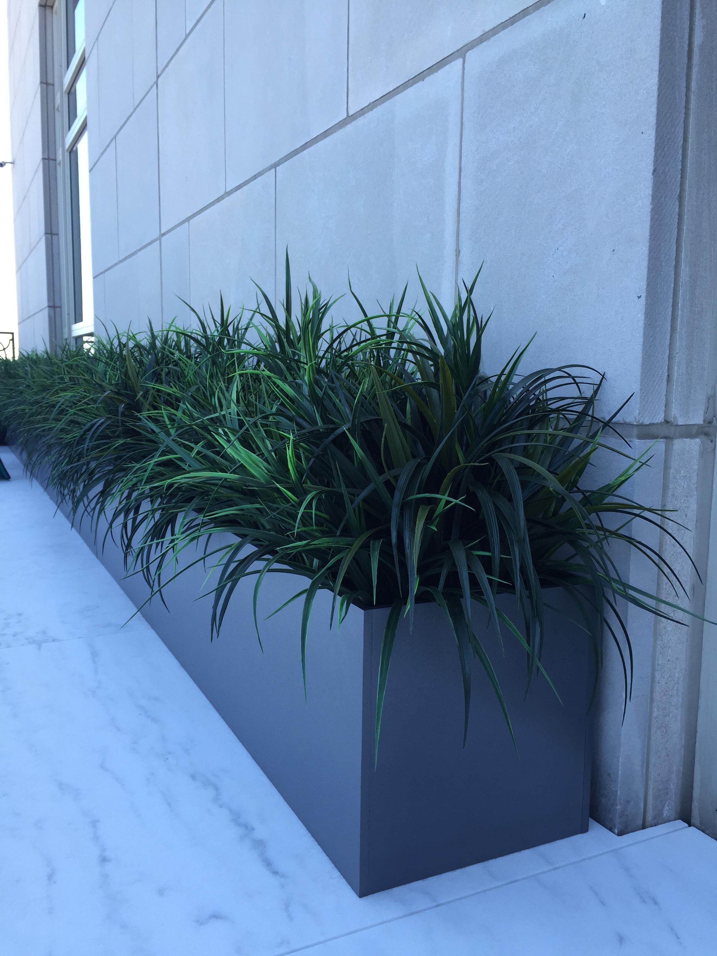 Custom_planters_1