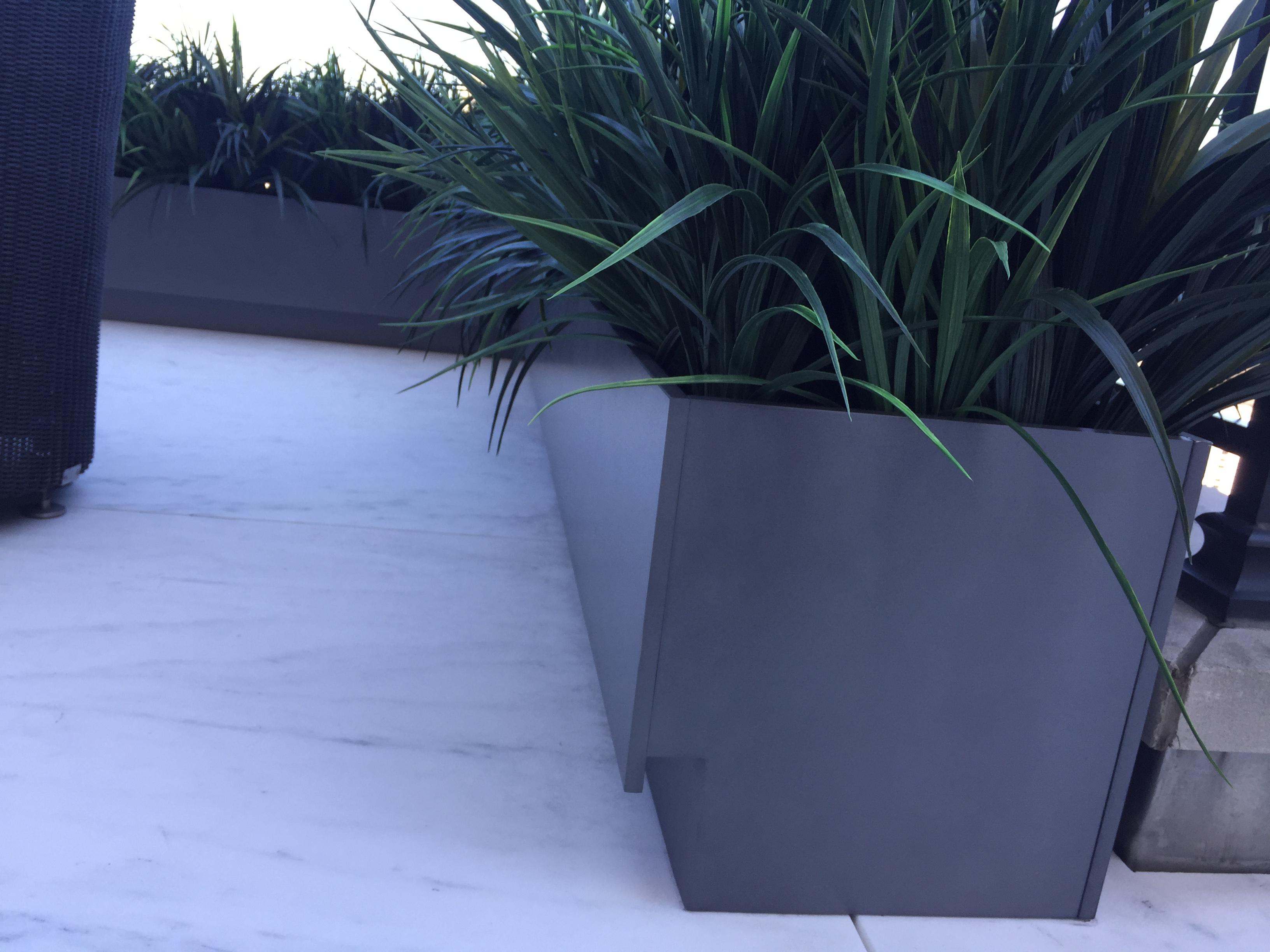 Custom_planters_3